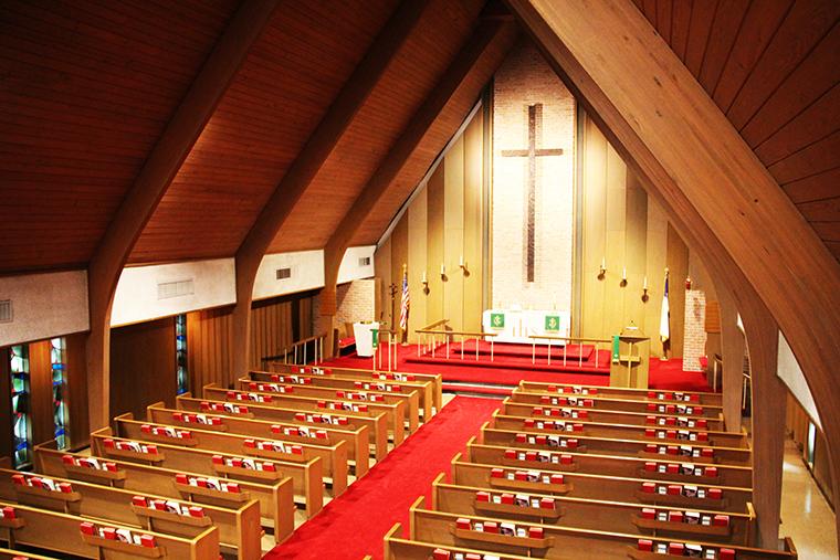 church-insid2